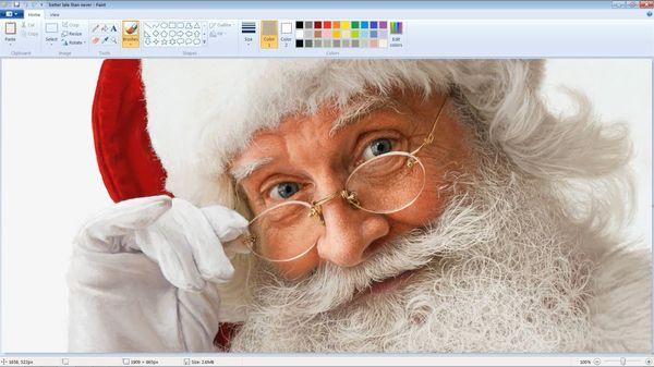 Ein extrem realistischer Weihnachtsmann mit Paint gemalt | Design/Kunst | Was is hier eigentlich los?