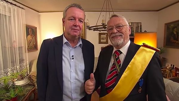 Zu Besuch beim Reichskanzler Norbert Schittke | WTF | Was is hier eigentlich los?