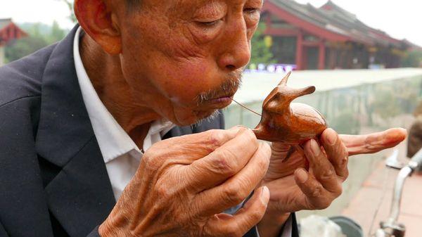 In China blasen sie Zucker zu Figuren | Essen und Trinken | Was is hier eigentlich los?