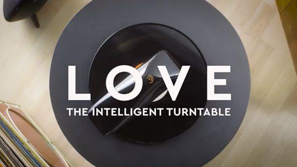 LOVE - Ein aufsetzbarer Plattenspieler | Gadgets | Was is hier eigentlich los?