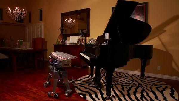 Ein klavierspielender Roboter | Gadgets | Was is hier eigentlich los?