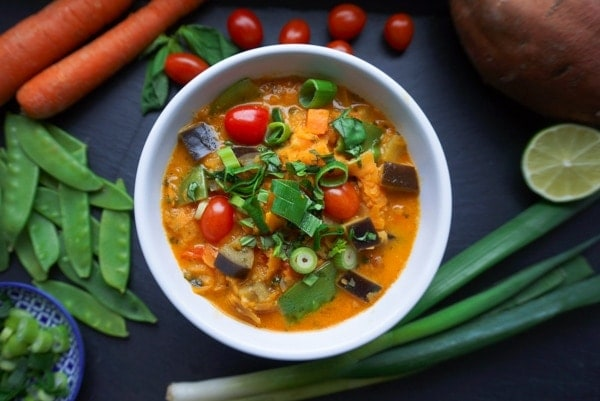Line kocht Red Thai-Curry mit Süßkartoffel-Nudeln | Line kocht | Was is hier eigentlich los? | wihel.de