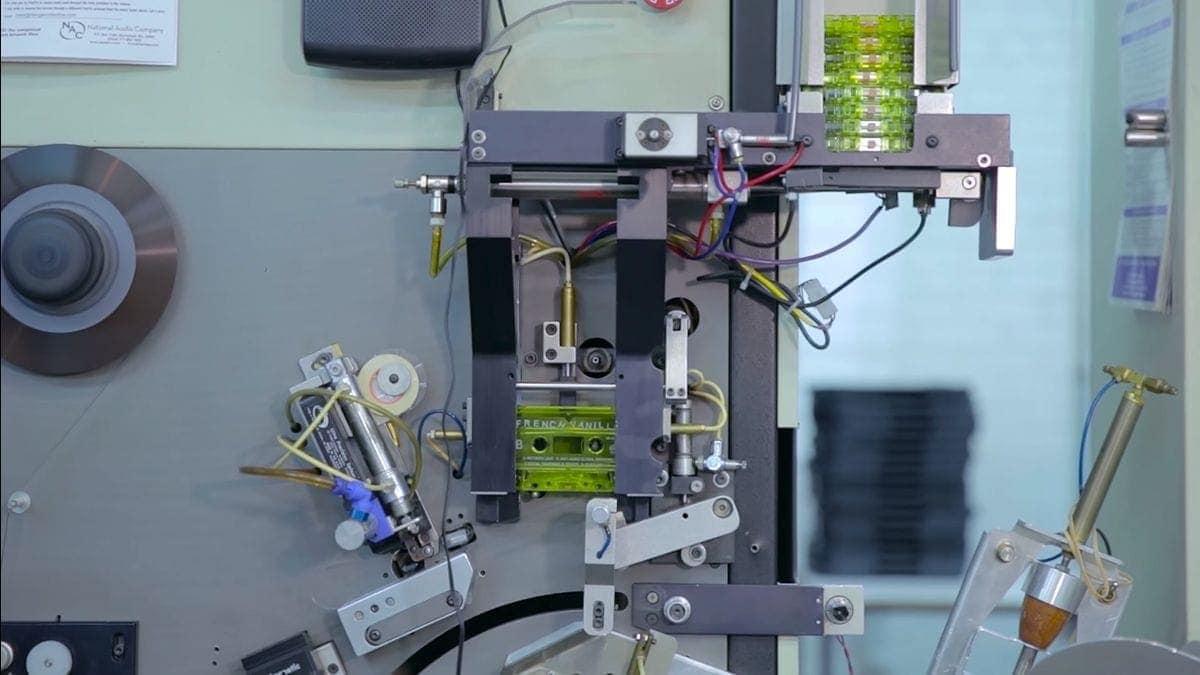 Wie Musikkassetten hergestellt werden | Was gelernt | Was is hier eigentlich los?