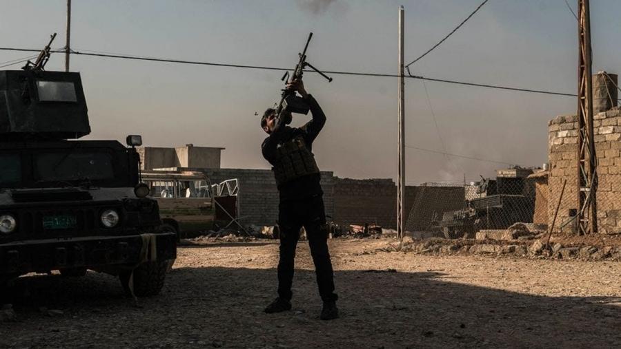Mit Ben C. Solomon an der ISIS-Front | Zeitgeschichte | Was is hier eigentlich los?