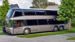 Ein Doppeldeckerbus zum Wohnmobil umgebaut | Handwerk | Was is hier eigentlich los? | wihel.de