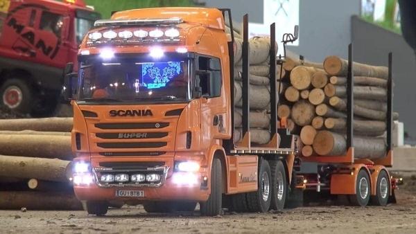 R/C Truck Festival - Modellbau Wels 2017 | Gadgets | Was is hier eigentlich los? | wihel.de
