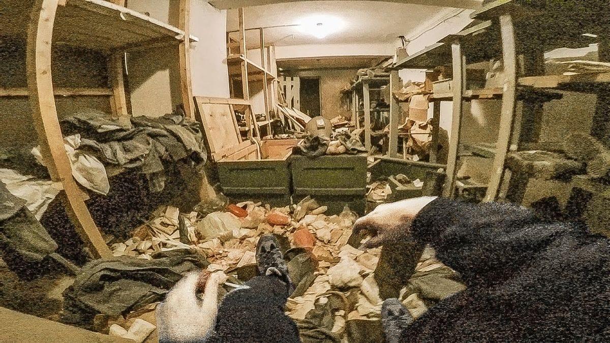 Eine Tour durch einen verlassenen, funktionstüchtigen Bunker | Awesome | Was is hier eigentlich los?