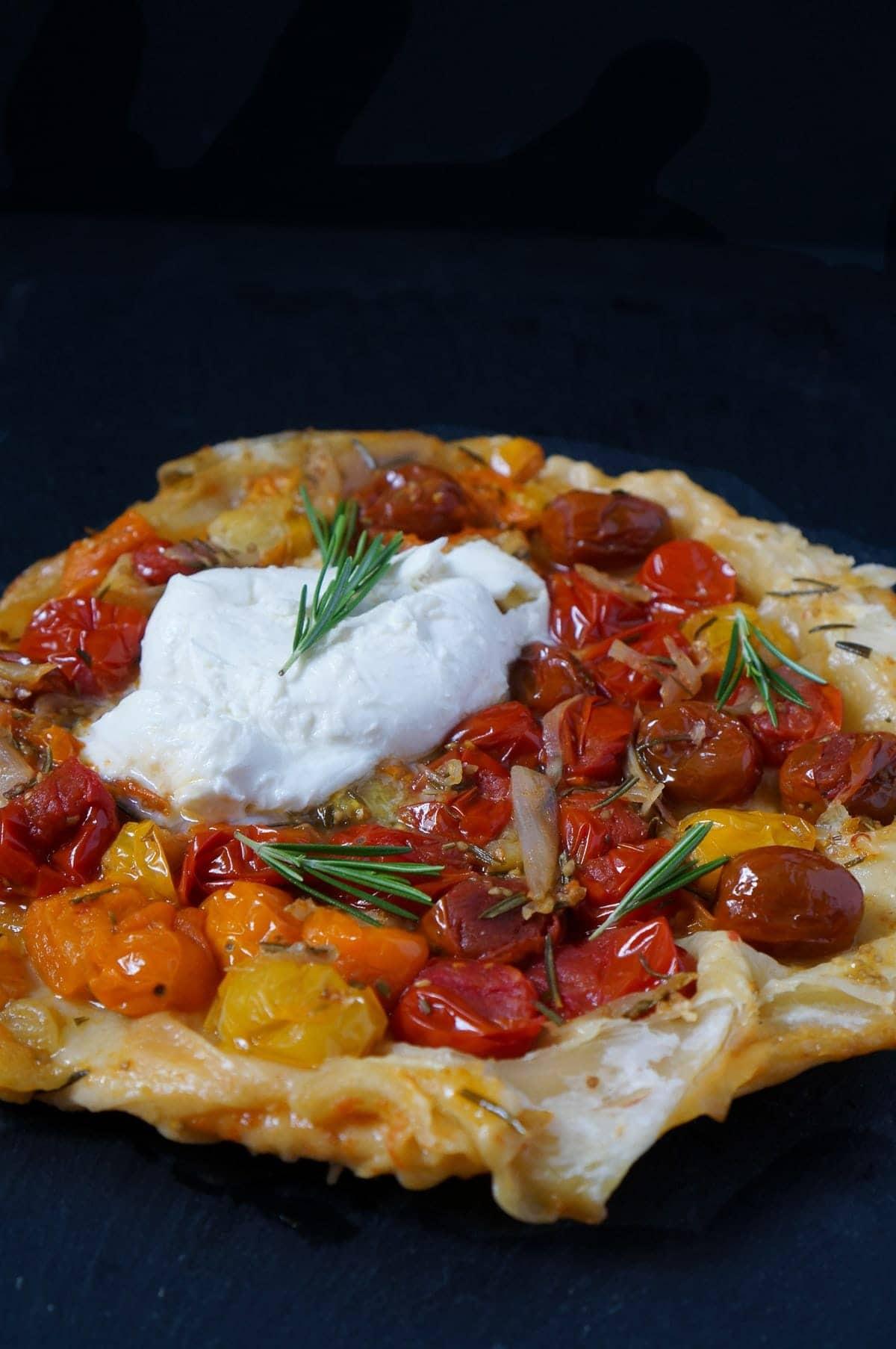 Line macht Blätterteig-Tomaten-Tarte mit Rosmarin und Mozzarella   Line kocht   Was is hier eigentlich los?