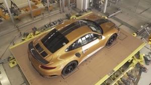 Ein kleiner Einblick in den Bau des Porsche 911 | Handwerk | Was is hier eigentlich los? | wihel.de