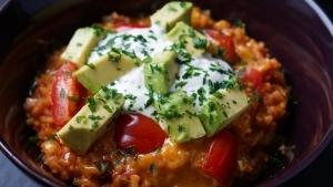 Line macht mexikanischen One Pot Reis | Line kocht | Was is hier eigentlich los?