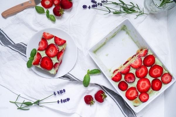 Line macht Erdbeer-Basilikum-Tiramisu | Line backt | Was is hier eigentlich los? | wihel.de