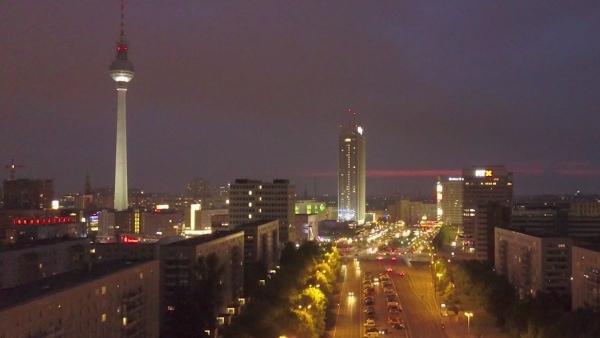 Treptow - Licht der Stadt | Musik | Was is hier eigentlich los? | wihel.de