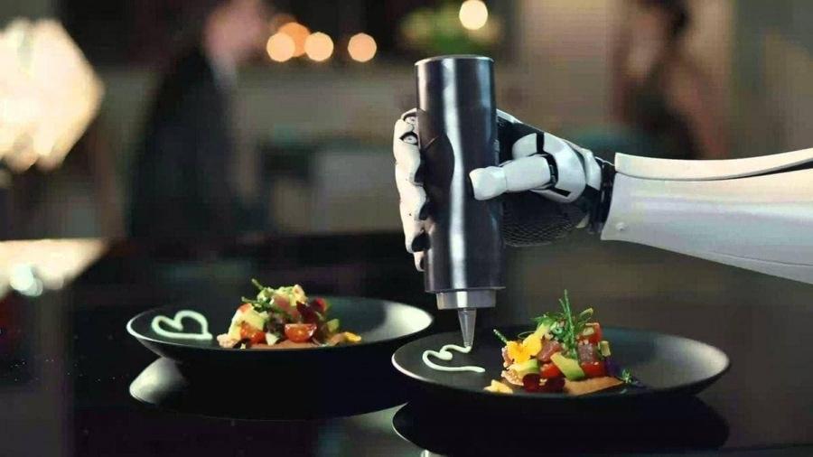 Ein Roboter, der für dich kocht   Gadgets   Was is hier eigentlich los?