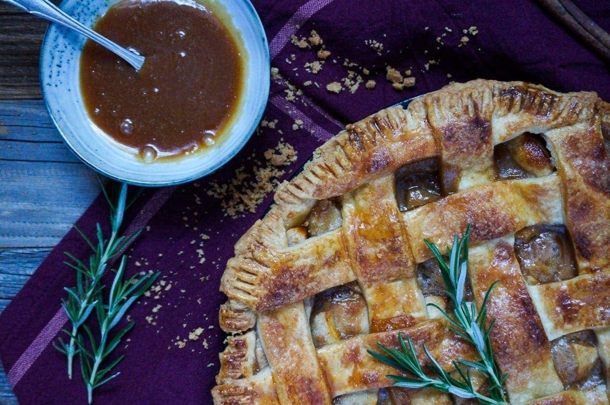 Line backt Apple Pie mit Salted Rosemary Caramel | Line backt | Was is hier eigentlich los?