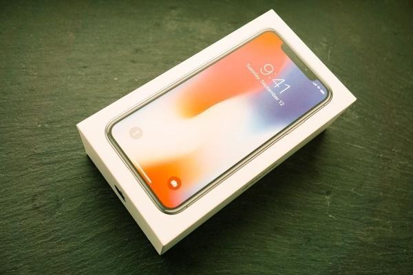 Gedankentüdelüt (77): Die ersten Tage mit dem iPhone X | Kolumne | Was is hier eigentlich los? | wihel.de