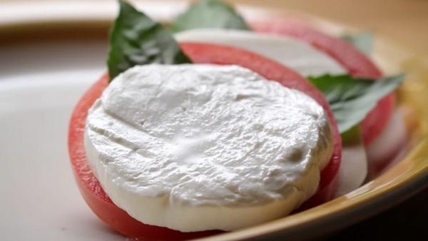 Mal wieder: Wie Mozzarella hergestellt wird | Essen und Trinken | Was is hier eigentlich los? | wihel.de