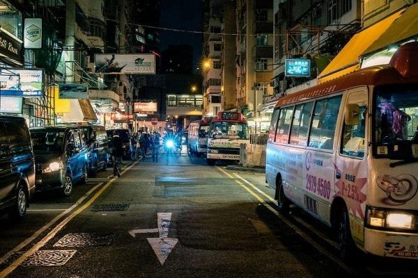 Hongkong bei Nacht, eingefangen von James Wong | Fotografie | Was is hier eigentlich los? | wihel.de