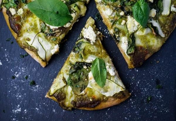 Line macht Green Lovers Pizza | Line kocht | Was is hier eigentlich los? | wihel.de
