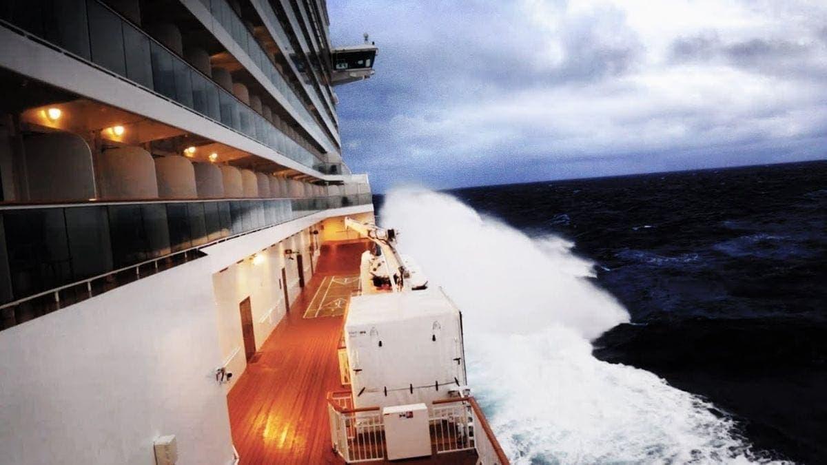 Mit dem Kreuzfahrtschiff im Bomb Cyclone | WTF | Was is hier eigentlich los?