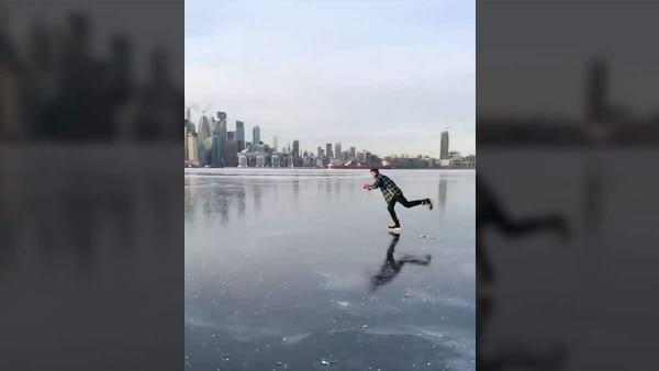 Warum nicht einfach mal im Hafen von Toronto Schlittschuh laufen | Awesome | Was is hier eigentlich los? | wihel.de