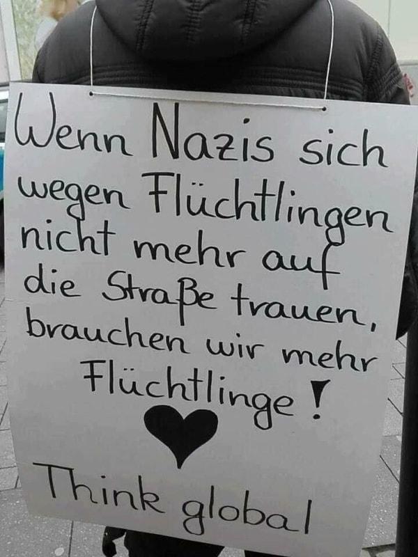 was wirklich gegen nazis hilft was is hier eigentlich los. Black Bedroom Furniture Sets. Home Design Ideas
