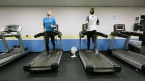 Der Rückwärtsläufer Aaron Yoder | Menschen | Was is hier eigentlich los? | wihel.de