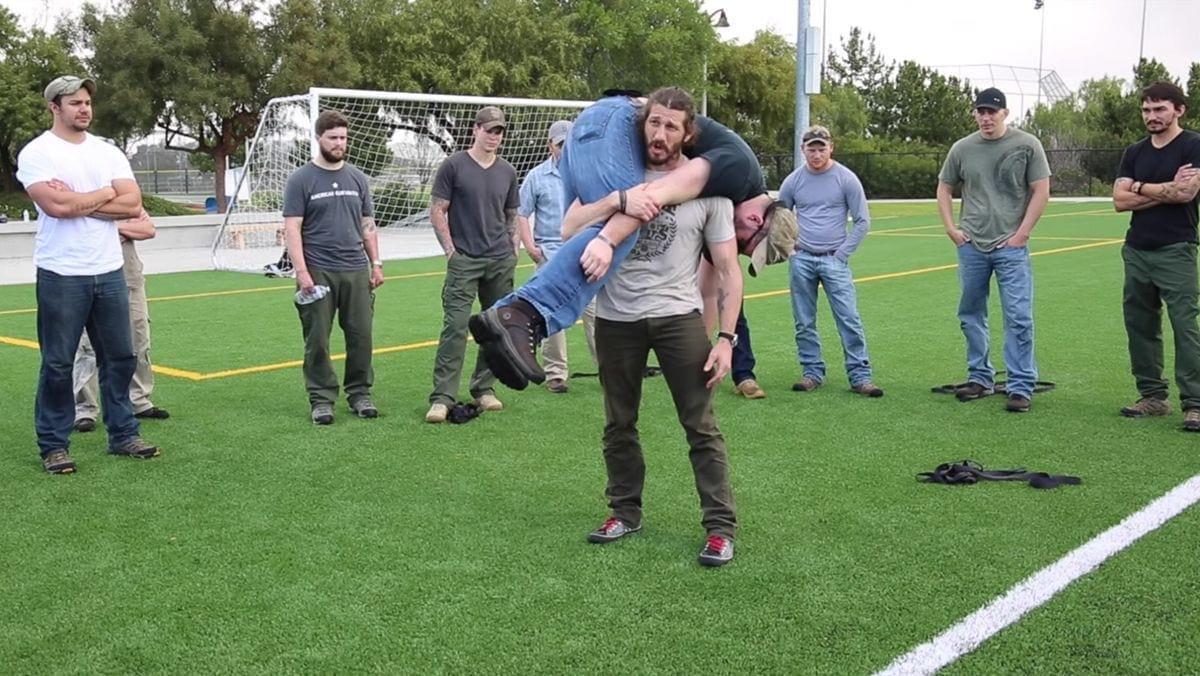 So transportiert man Menschen: Die Ranger Roll | Was gelernt | Was is hier eigentlich los?