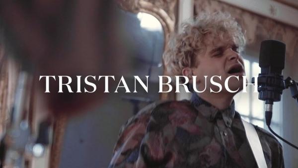 Tristan Brusch - Hier kommt euer bester Freund | Musik | Was is hier eigentlich los? | wihel.de