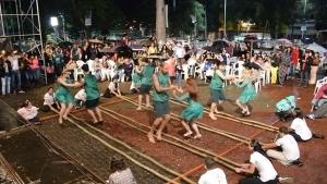 Der Bambus-Tanz aus Brasilien | Was gelernt | Was is hier eigentlich los? | wihel.de