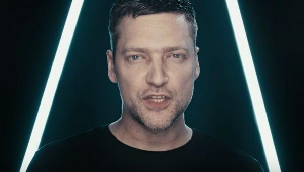 Adam Angst - Alexa | Musik | Was is hier eigentlich los? | wihel.de