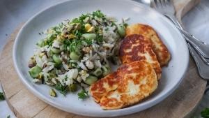 Line macht Wildreis-Salat mit Bohnen, Pistazien und Hallumi | Line kocht | Was is hier eigentlich los? | wihel.de