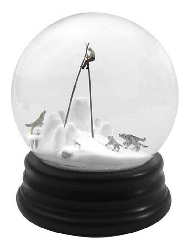 Düstere Schneekugeln von Walter Martin und Paloma Muñoz | Design/Kunst | Was is hier eigentlich los? | wihel.de