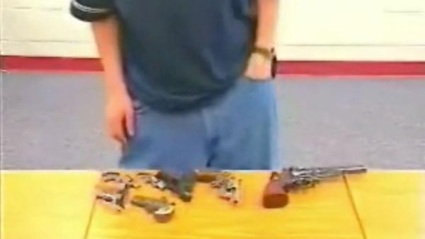 Was man so alles in seine Baggy-Hosen stopfen kann | WTF | Was is hier eigentlich los? | wihel.de