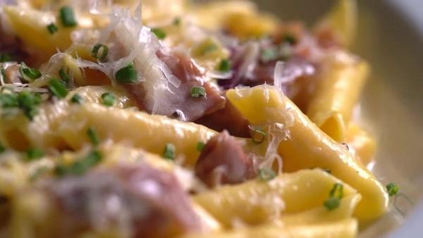 Die Kunst von handgemachter Pasta | Essen und Trinken | Was is hier eigentlich los?