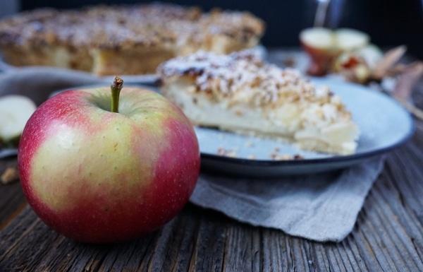 Line backt Apfelkuchen mit Streuseln und Quarkfüllung | Line backt | Was is hier eigentlich los?