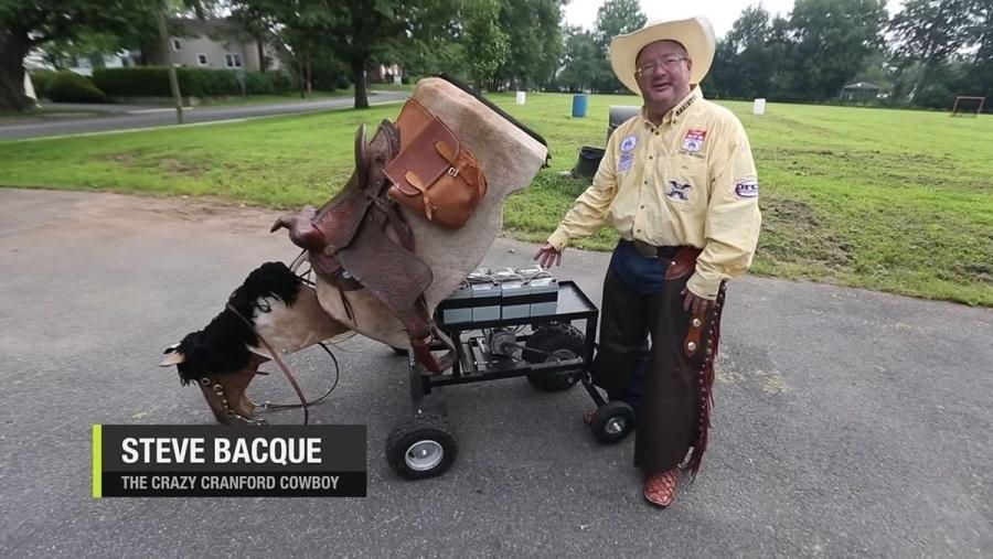 Steve Bacque und sein mechanisches Pferd   Menschen   Was is hier eigentlich los?