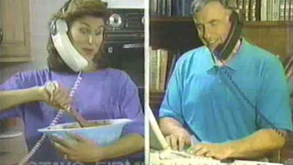 Headsets aus den 90ern | Gadgets | Was is hier eigentlich los?