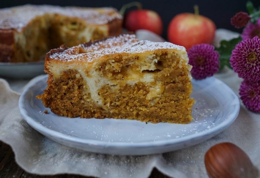 Line backt Kürbis-Apfel-Kuchen mit Käsekuchen-Swirl | Line backt | Was is hier eigentlich los?