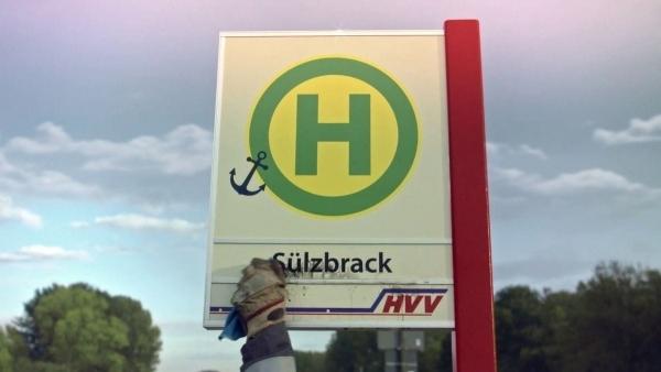 Was eine Bushaltestelle nach Feierabend macht | Lustiges | Was is hier eigentlich los? | wihel.de