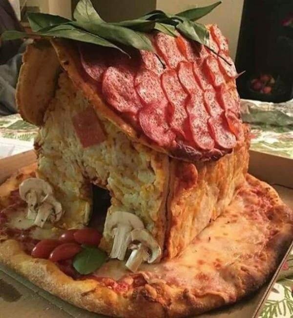 Statt Lebkuchen: Ein Pizzahaus | Lustiges | Was is hier eigentlich los? | wihel.de