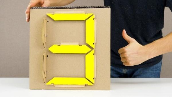 Wie man sich einen mechanischen 7-Segment-Anzeiger bastelt | Gadgets | Was is hier eigentlich los? | wihel.de