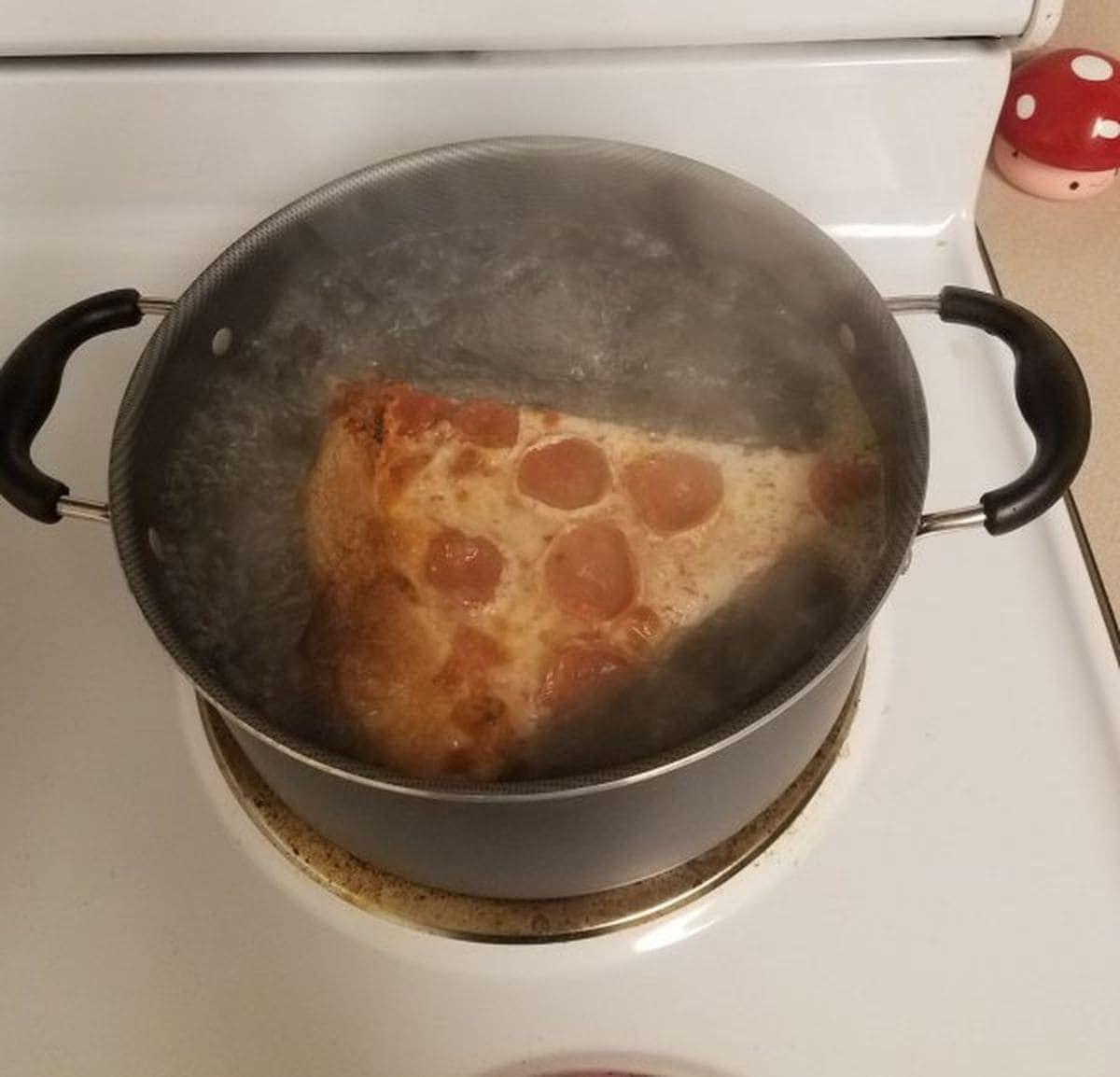 Woran man sieht, wenn jemand so gar nicht kochen kann | Lustiges | Was is hier eigentlich los?