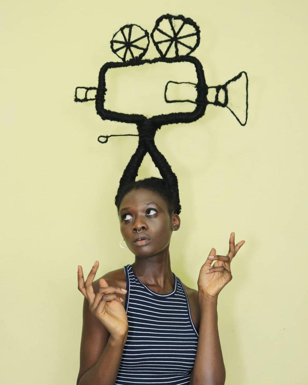 Laetitia Ky und ihre verrückten Dreadlock-Frisuren | Design/Kunst | Was is hier eigentlich los?
