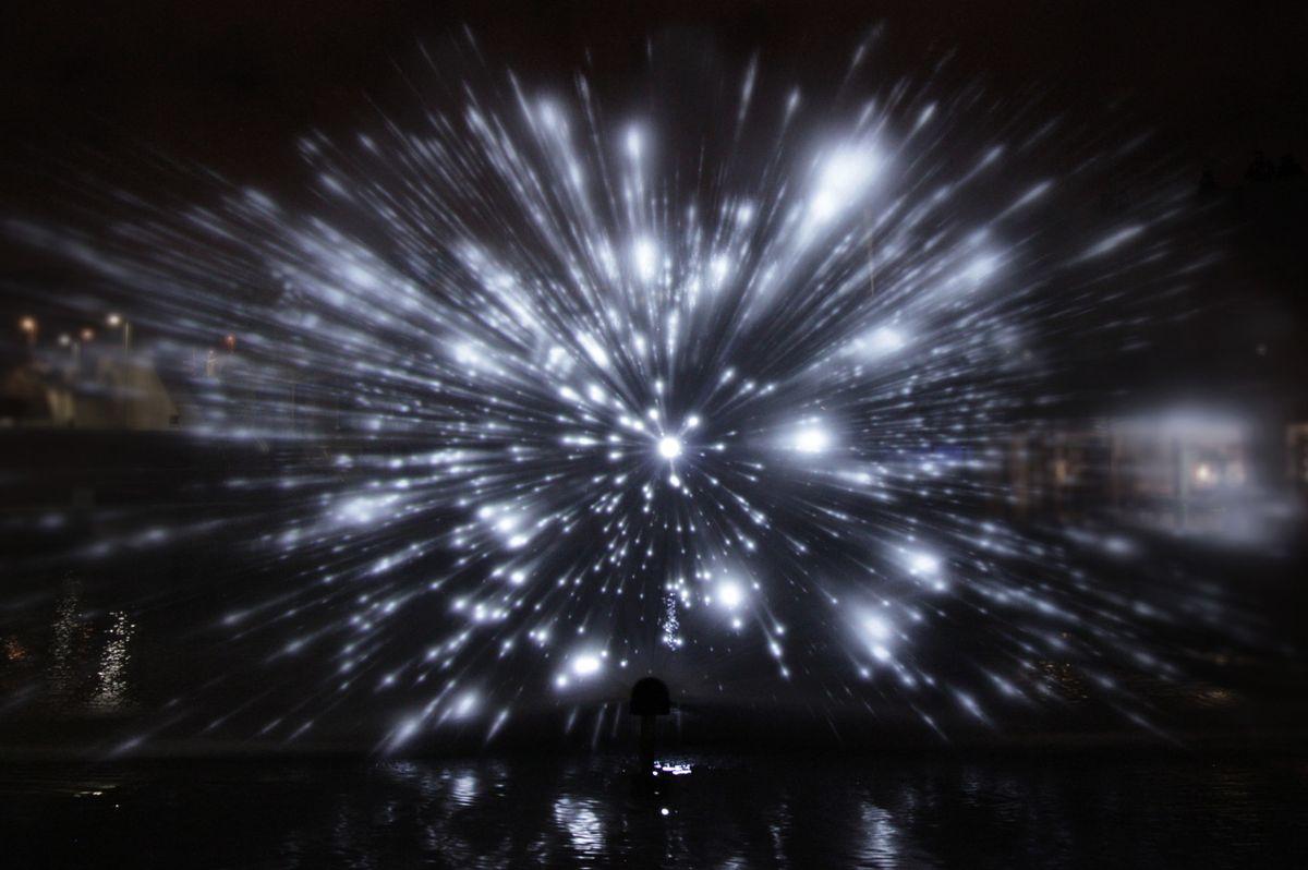 Geometrische Lichtprojektion von Joanie Lemercier   Design/Kunst   Was is hier eigentlich los?