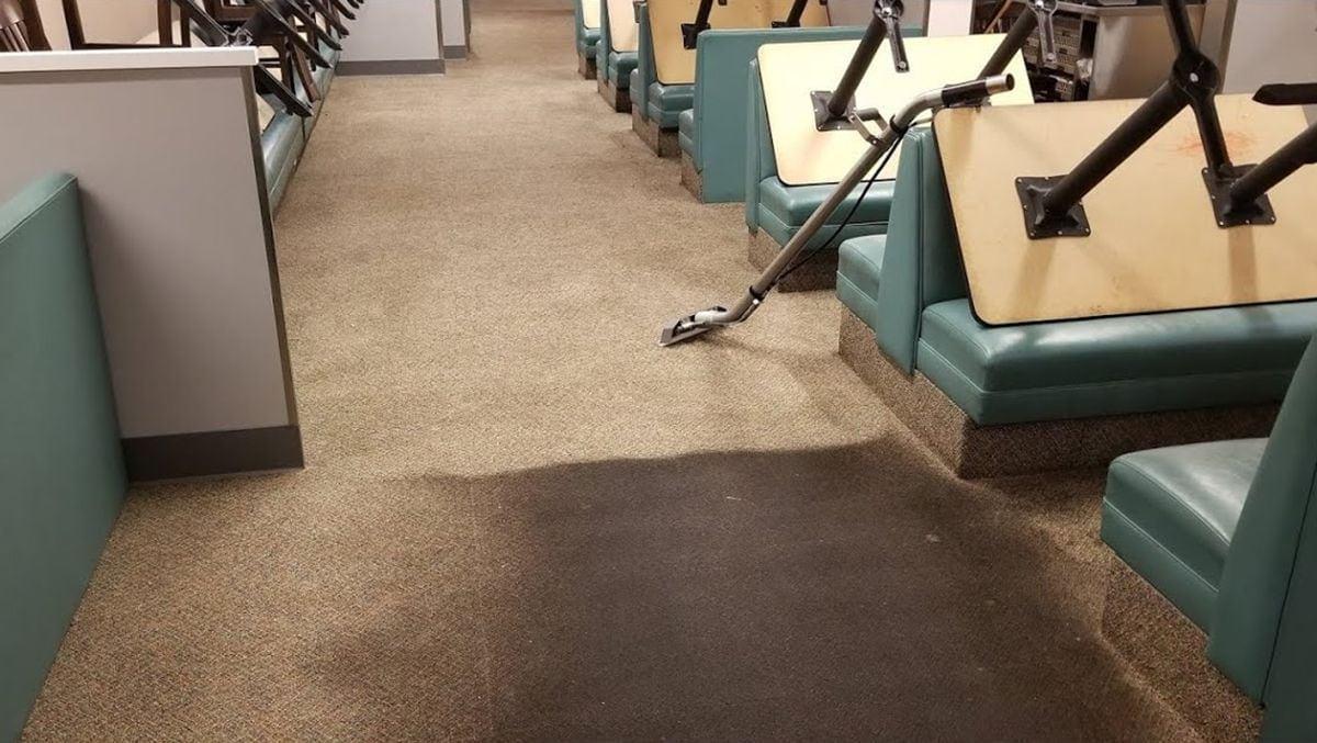 Wie ein total eingesauter Teppich wieder sauber wird | WTF | Was is hier eigentlich los?
