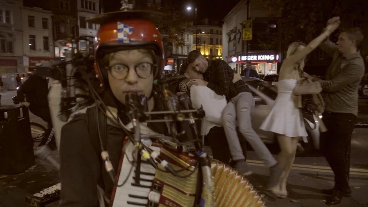 Anders Flanderz – Girls just want to have fun | Musik | Was is hier eigentlich los?