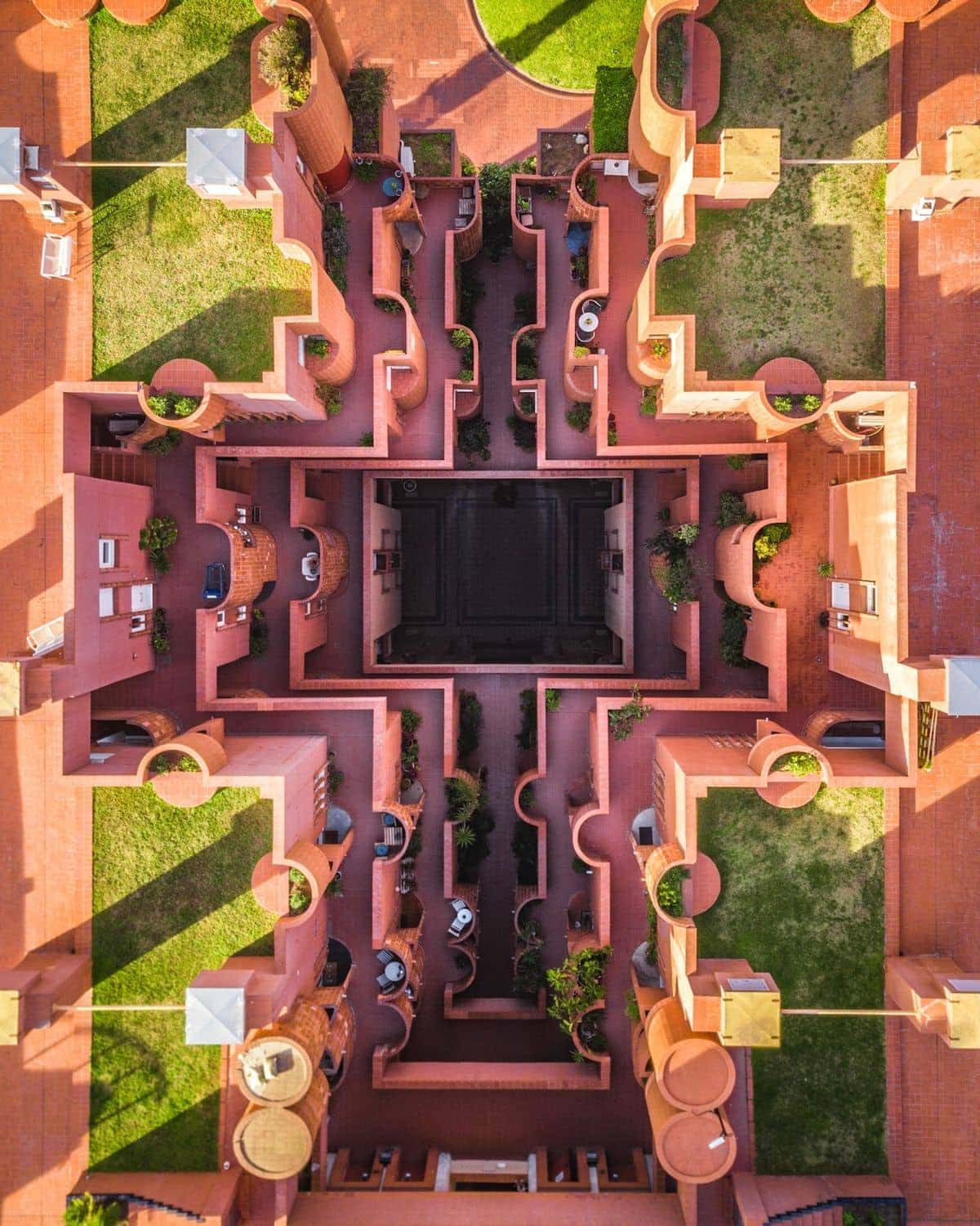 A bird's eye view of Barcelona by Márton Mogyorósy | Photography | What's going on here anyway?