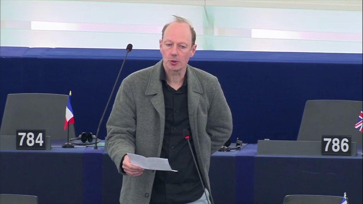 Martin Sonneborn über Whistleblowing, Mord & Totschlag, Brexit & Assange etc. | Menschen | Was is hier eigentlich los?