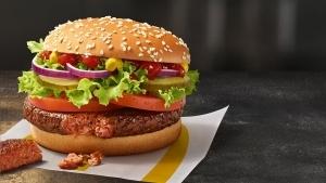 Ob du's glaubst oder nicht: McDonald's präsentiert den Big Vegan TS | sponsored Posts | Was is hier eigentlich los?