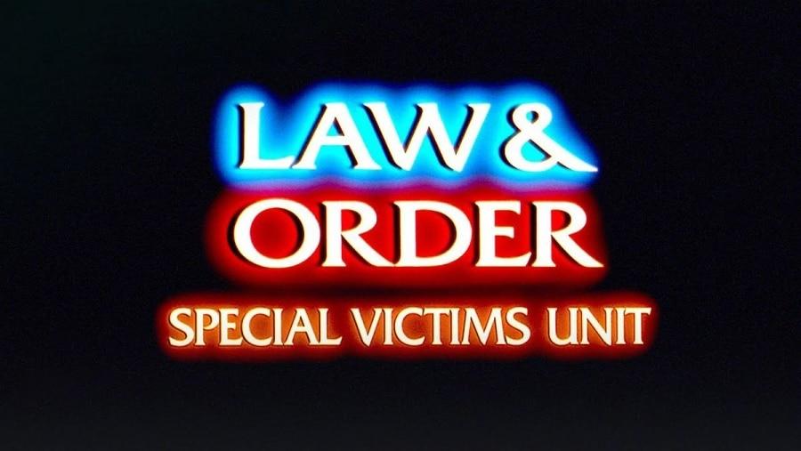 Das Law & Order-Theme auf einer Akustik-Gitarre gespielt | Musik | Was is hier eigentlich los?